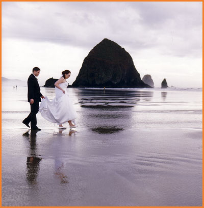 Beautiful Cannon Beach Wedding Photos by Jim Stoffer Photography
