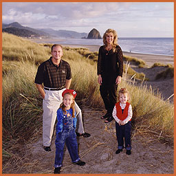 Cannon Beach family portrait photography by Jim Stoffer